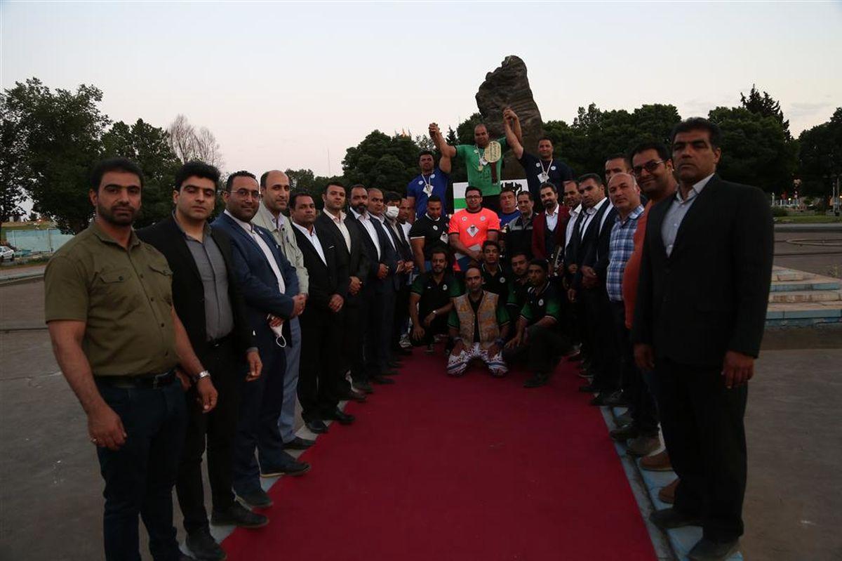 مسابقات قوی ترین مردان استان در ذوب آهن اصفهان برگزار شد