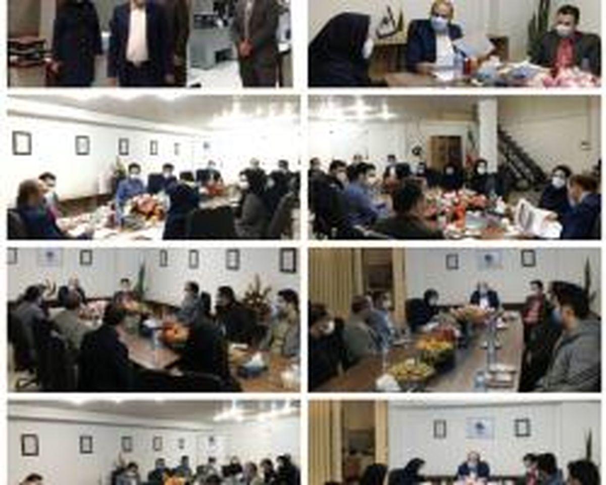 تشریح برنامه های سال جاری بیمه میهن در بازدید مدیرعامل از شعبه زنجان
