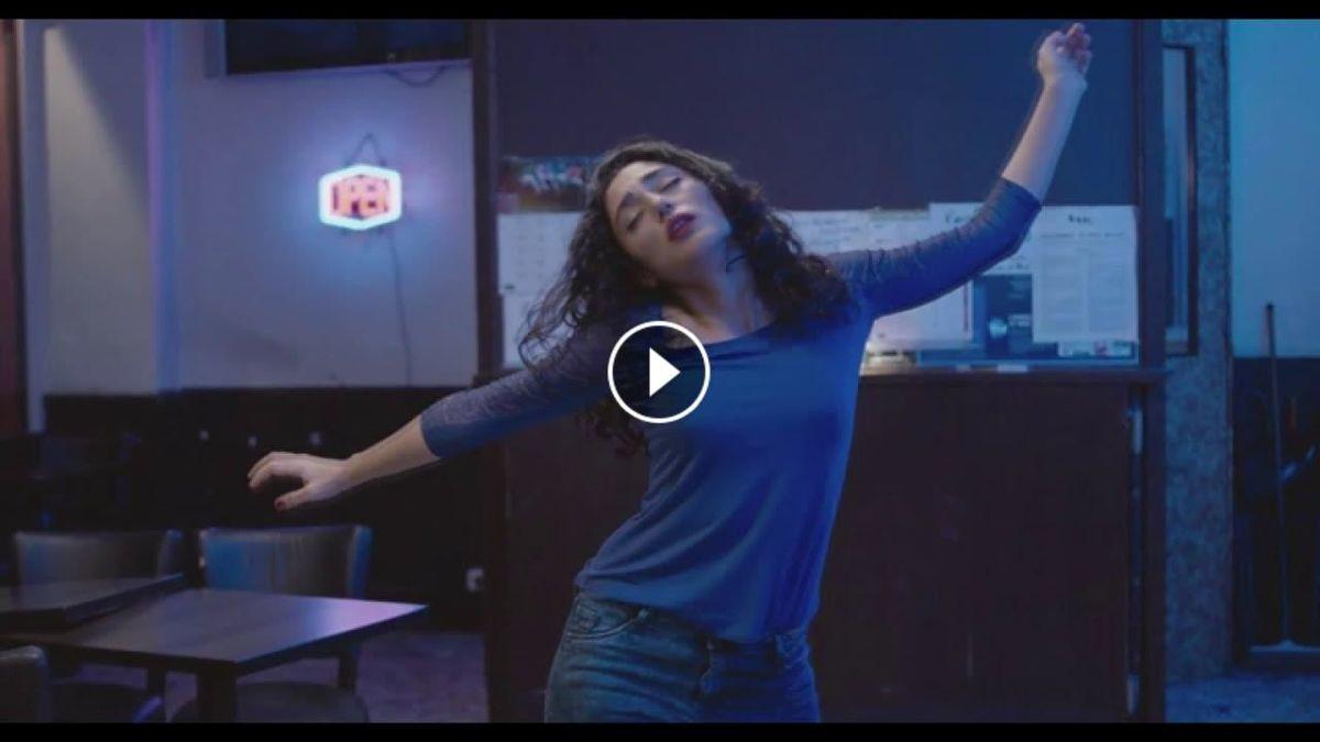 رقص نامتعارف گلشیفته فراهانی جنجالی شد + فیلم