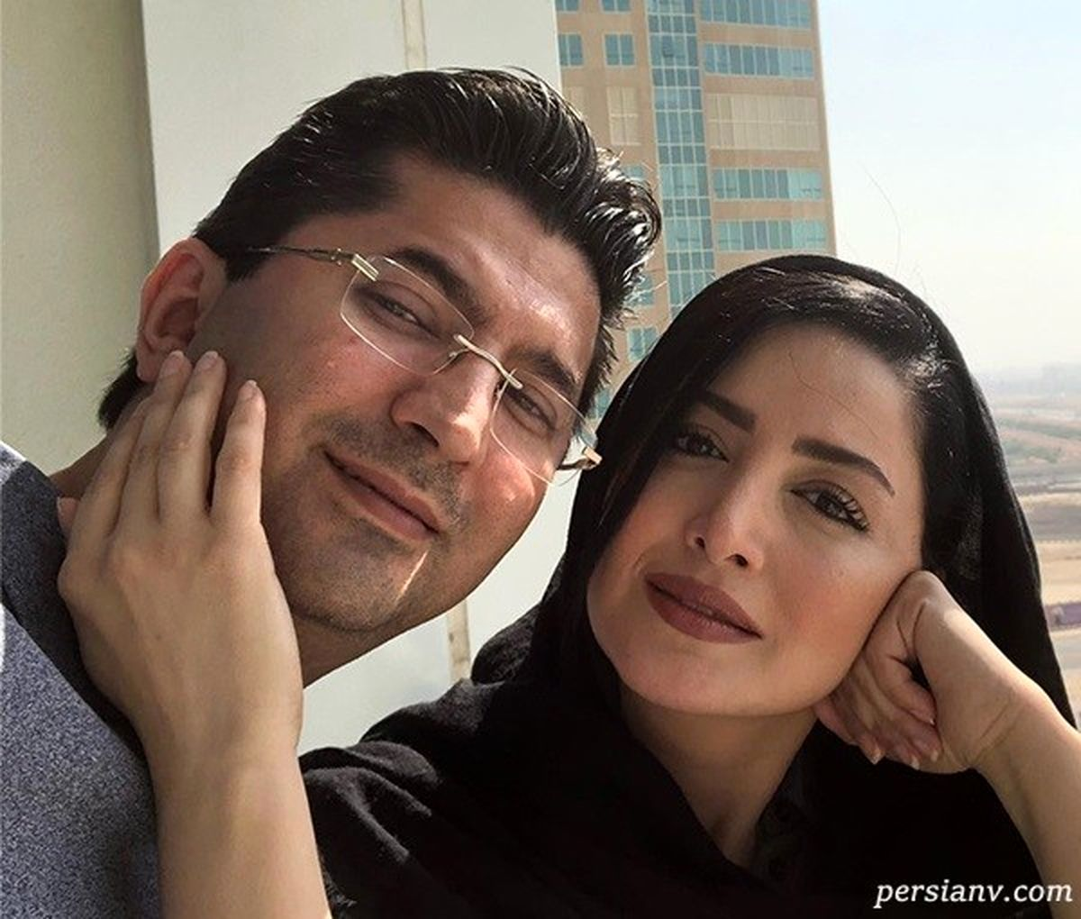 لباس راحتی شیلا خداداد و همسرش در خانه لاکچری + عکس دونفره